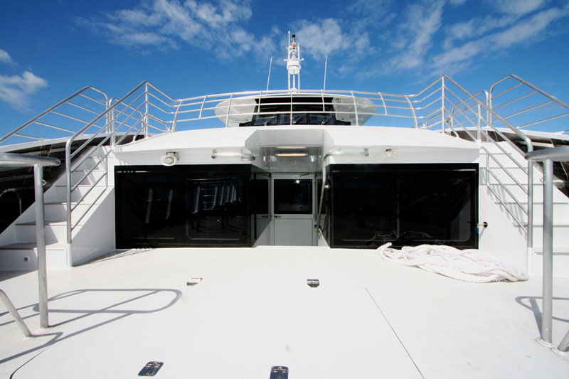 3 outdoor viewing levels on Ocean Dreaming 2