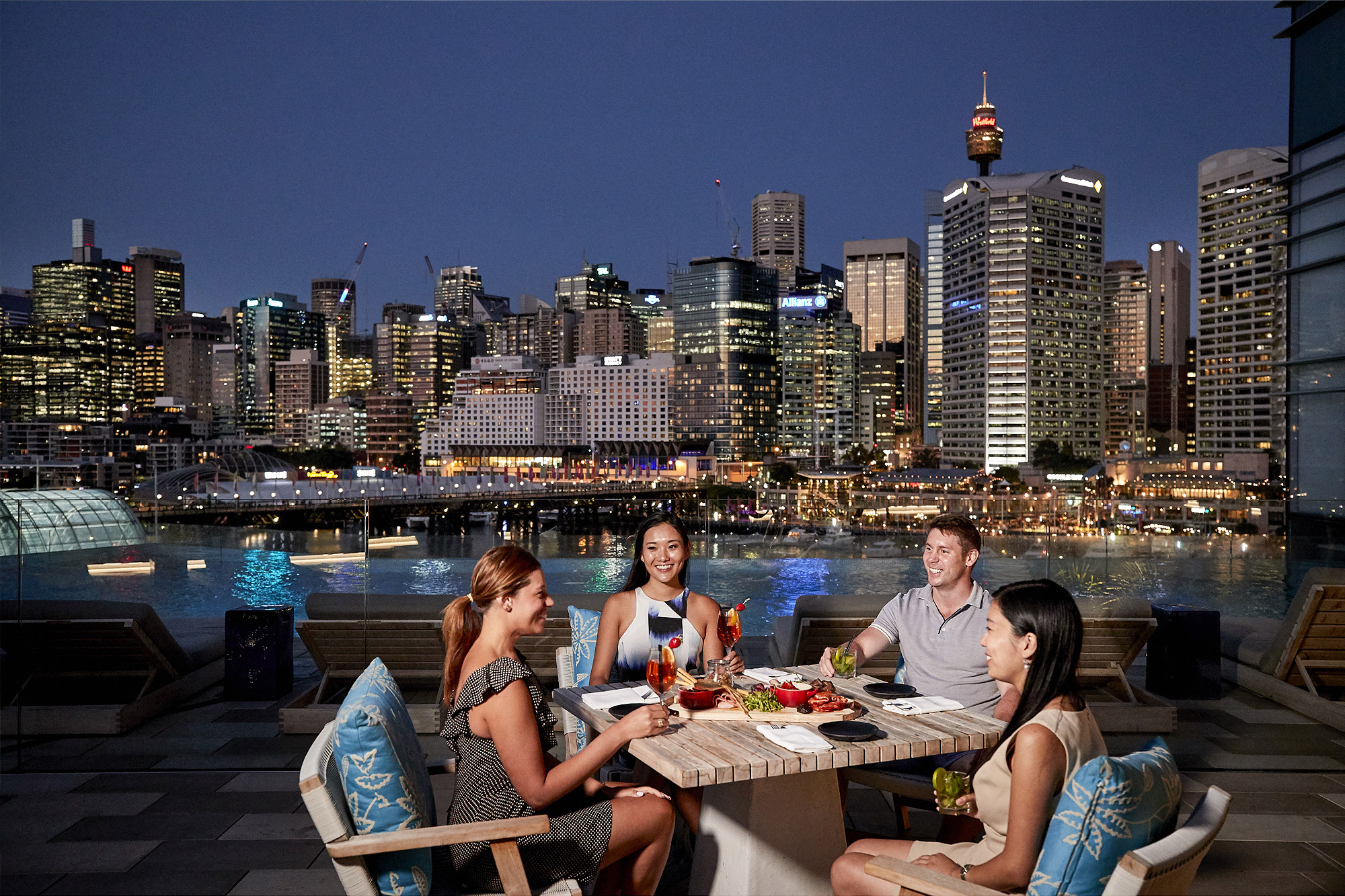 Le Rivage Pool Bar, Sofitel Darling Harbour