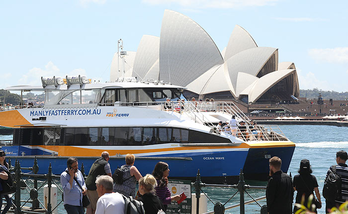 1 Day Hop On Hop Off Pass, Sydney Harbour Cruises, Ferry